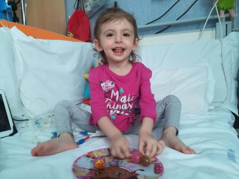 Bimba malata leucemia ha fatto il trapianto di midollo