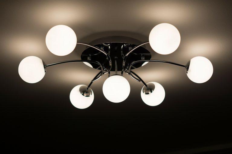 Dove comprare lampadari moderni: guida all'acquisto