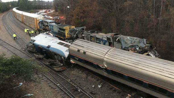 Scontro fra treni in South Carolina: vittime e feriti