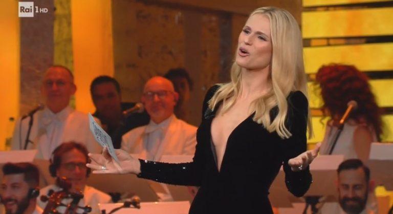 Sanremo 2018, Michelle bella e innamorata bacia il marito Tomaso