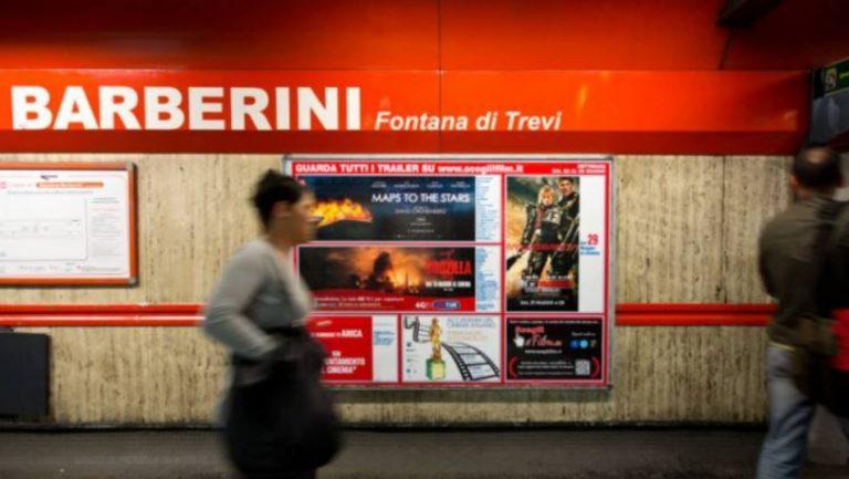 Militare si suicida nel bagno della stazione Barberini della metro a Roma