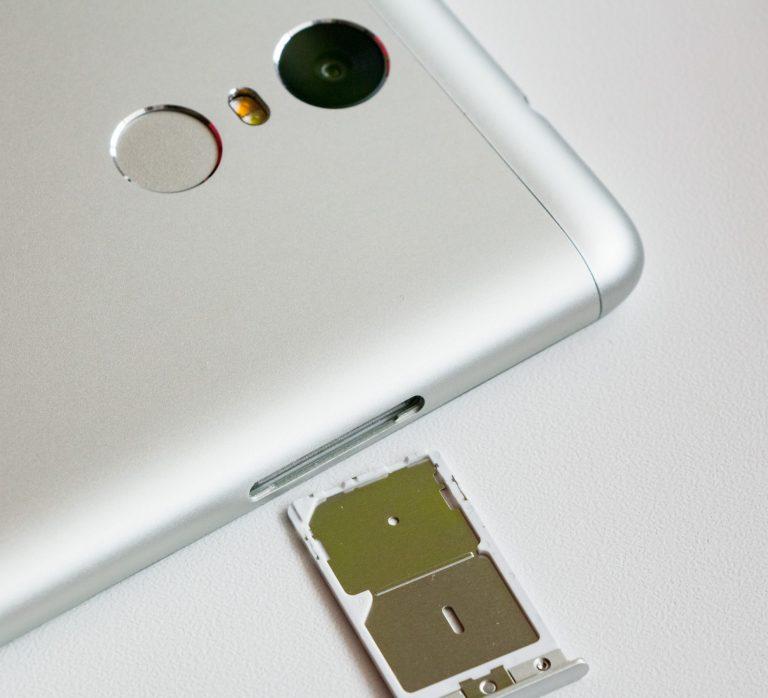 Smartphone dual SIM: i vantaggi