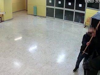 ladro delle scuole