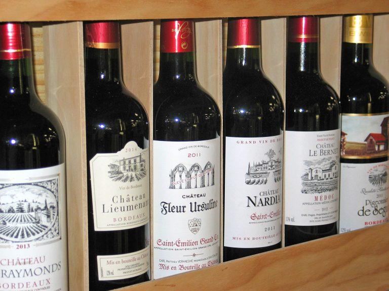 Cantinetta vino in legno e ad incasso: modelli migliori