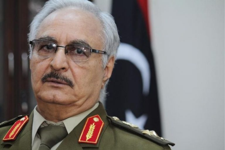 Libia: truppe di Haftar alle porte di Tripoli, preso l'aeroporto.