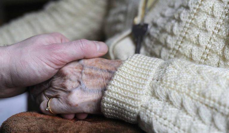 maltrattamento anziani