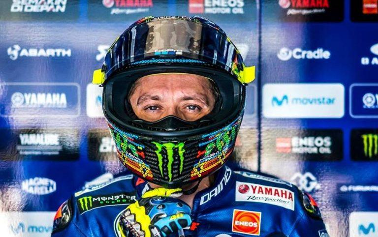 Valentino Rossi box Yamaha