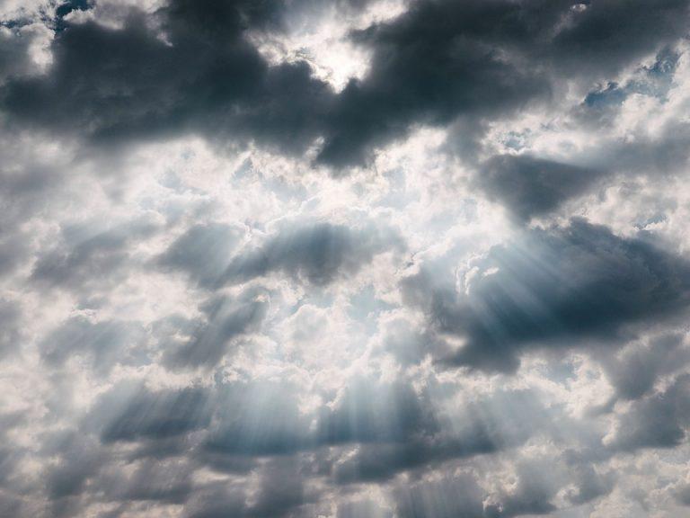 Le previsioni meteo per domani, martedì 3 aprile
