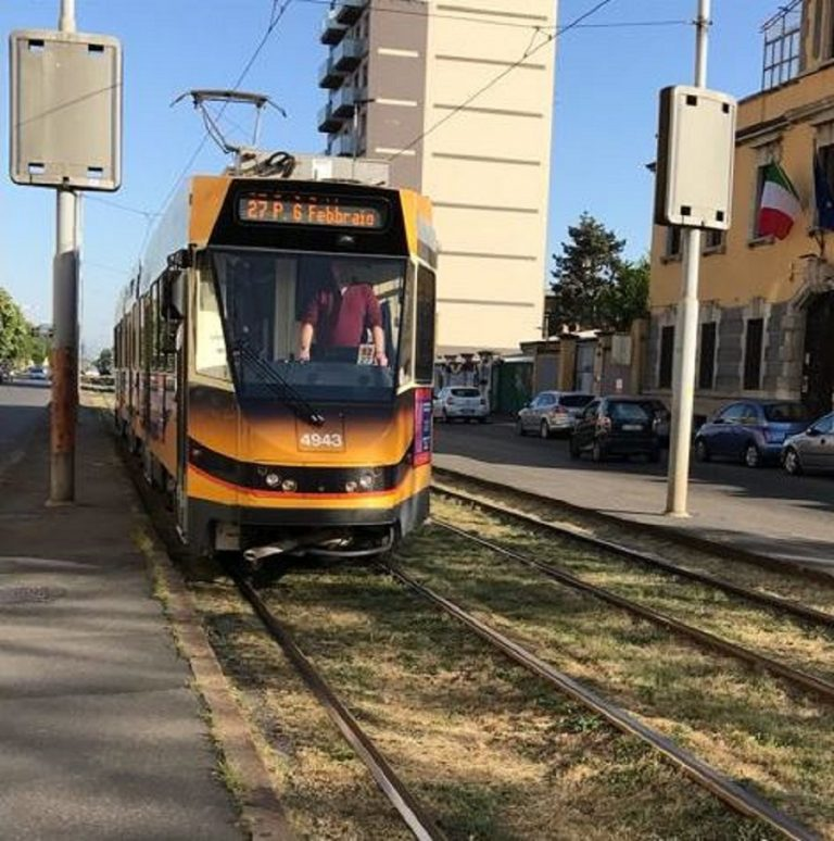 tram 27