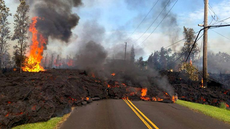 Case inghiottite dalla lava alle Hawaii