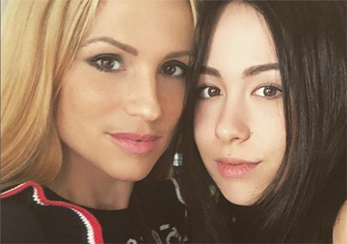 Michelle Hunziker e Aurora Ramazzotti più forti dopo la minaccia dell'acido