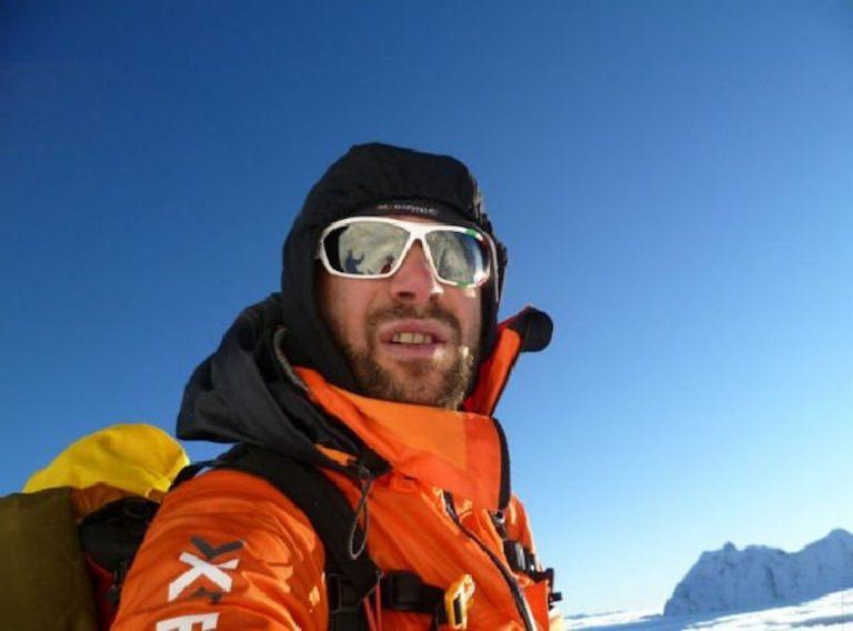 Alpinista lombardo muore in Nepal: Simone La Terra aveva 36 anni