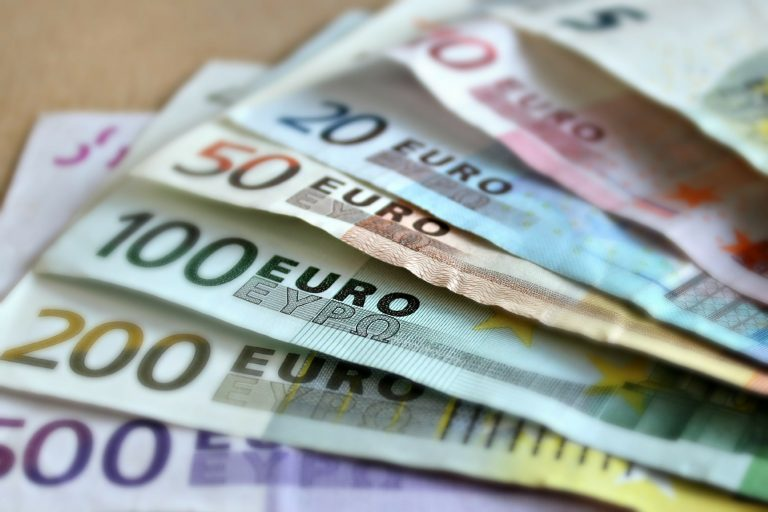 1200 euro per strada a Camposampiero