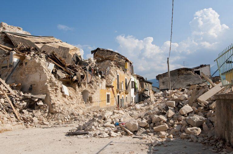 Maceratese, uomo si toglie la vita a causa del sisma