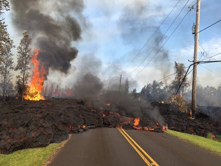 Il Kilauea è indomabile: si sono aperti tre nuovi crepacci