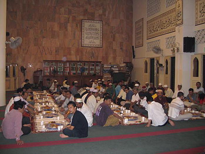 Ramadan, l'attesa per la fine del digiuno