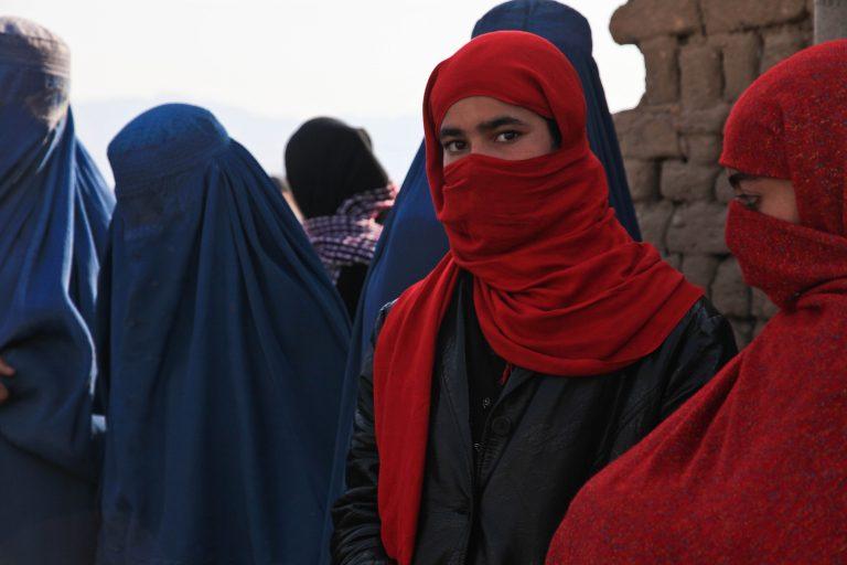 Anche la Danimarca vieta il burqa e il niqab