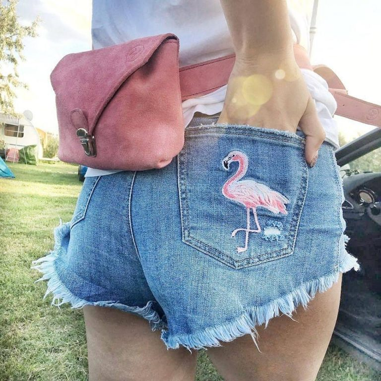 pantaloncini a vita alta