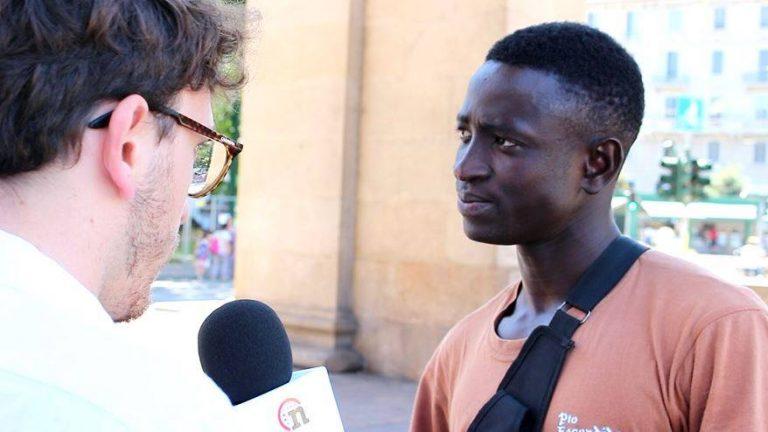 Da migrante a rider, il reportage di Notizie.it
