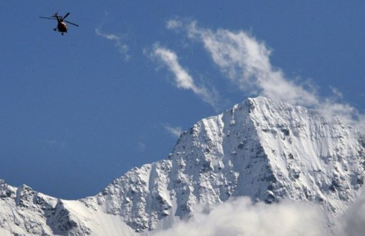 Aereo da turismo si schianta sulle Alpi Svizzere