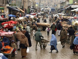 Afghanistan, esplode bus