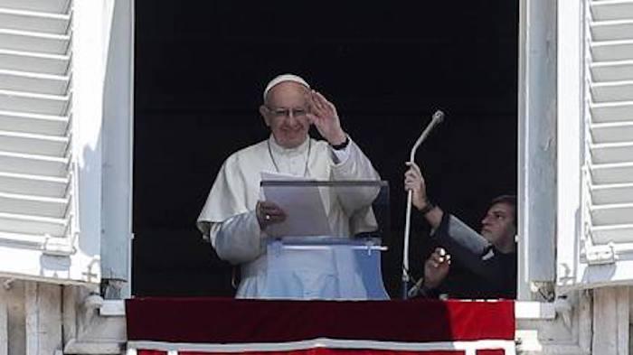 Papa incoraggia i brasiliani