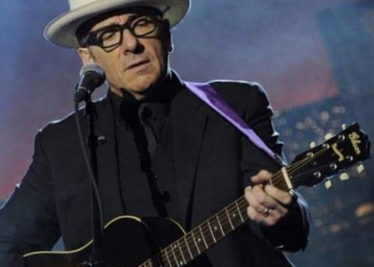 Elvis Costello, cancellato il resto del tour europeo per un cancro