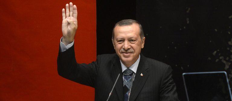 Revocato stato di emergenza dopo due anni dal golpe a Erdogan