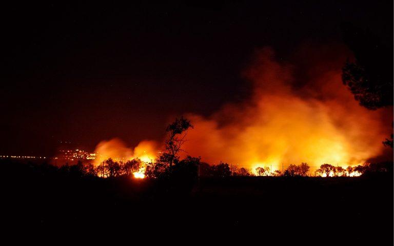 Continuano gli incendi in Grecia