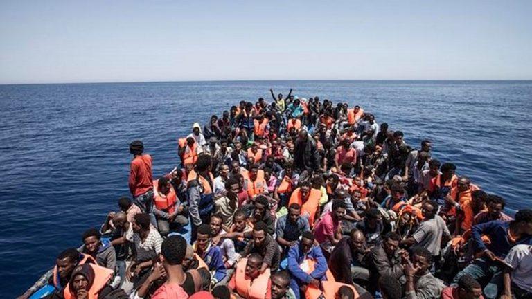 Autorizzato lo sbarco dei 450 migranti