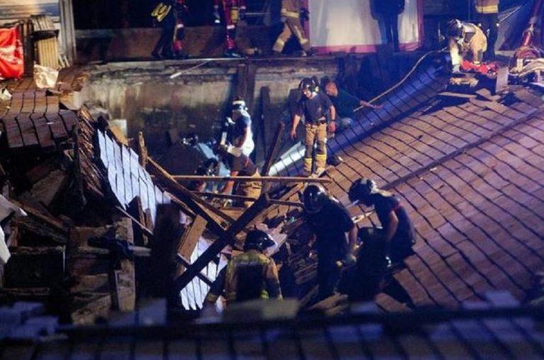 Crolla passerella durante il festival: oltre 260 feriti