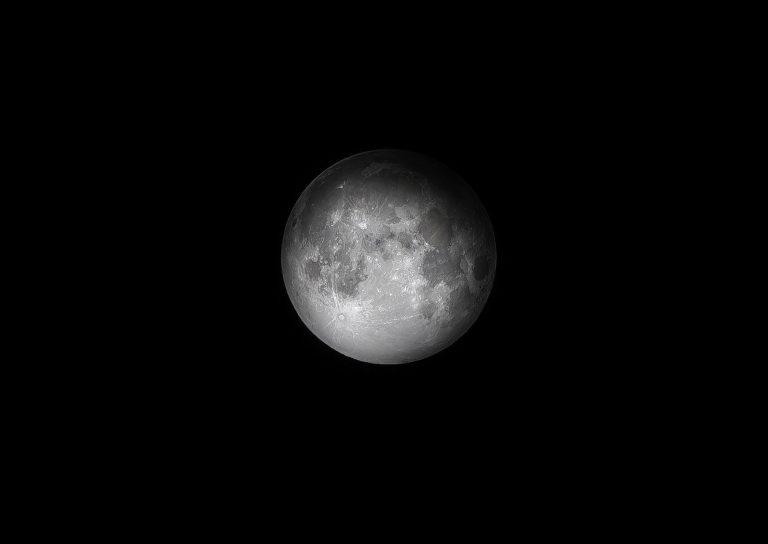 Luna 768x544