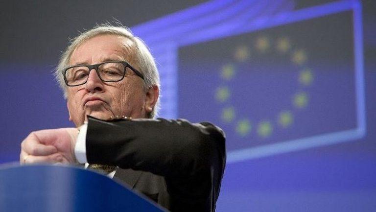 """Ue contro l'ora legale, Juncker: """"Basta cambio in Europa"""""""