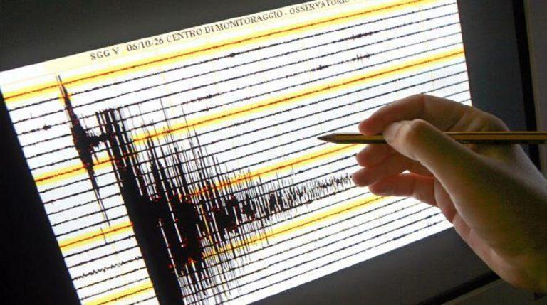 Tremano le isole Fiji: sisma di 8.2 al largo