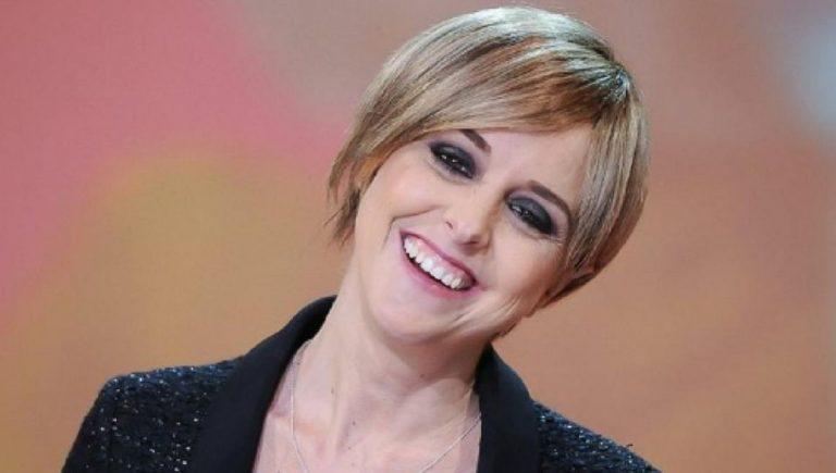 """Bufera su Nadia Toffa, la Iena: """"Il cancro è un dono"""""""