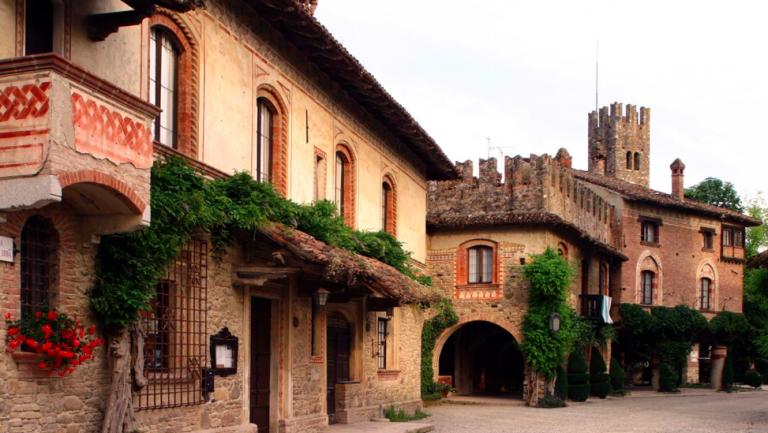Grazzano Visconti borgo
