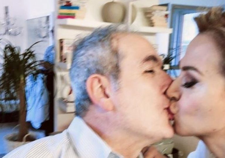 Bacio tra Lamberto Sposini e Barbara D'Urso su Instagram