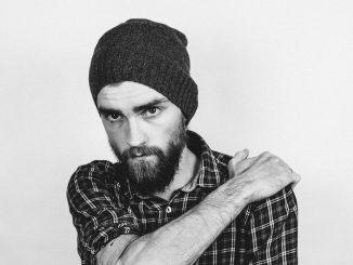 Come curare la barba in quarantena: consigli