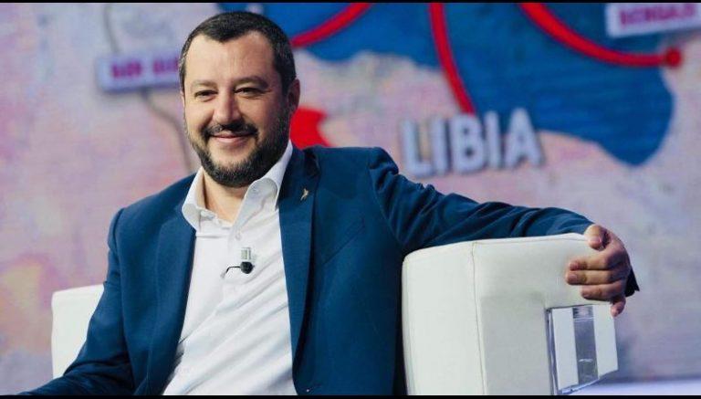 Salvini, nuovo decreto su migranti e permesso di soggiorno