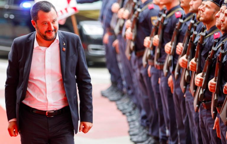 migranti come schiavi Salvini