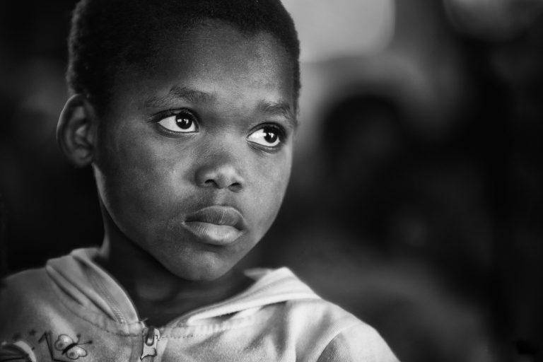Bari, bambino nero aggredito: Ti facciamo diventare bianco