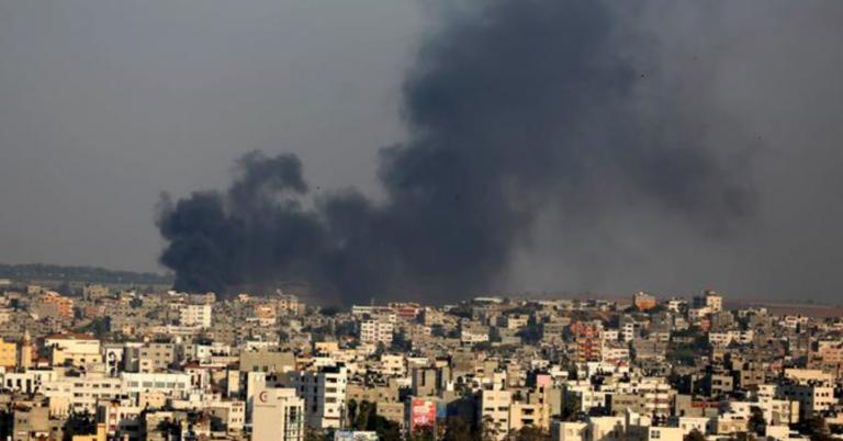 Israele bombarda Gaza: un morto e tre feriti
