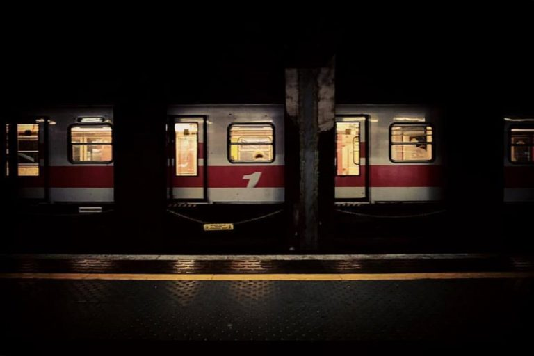metro linea rossa milano suicidio