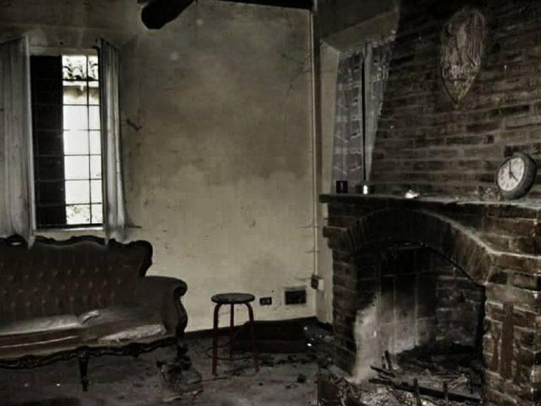 sala casa della morte 768x577