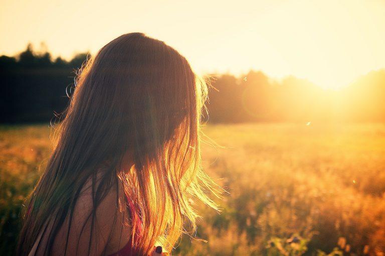 Diradamento capelli: le cause e la miglior cura naturale