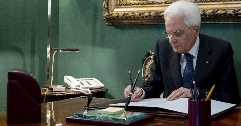 """Manovra, Mattarella: """"Governo cerchi dialogo aperto con Ue"""""""