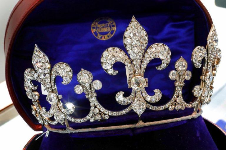 A Ginevra l'asta dei gioielli della Regina Maria Antonietta