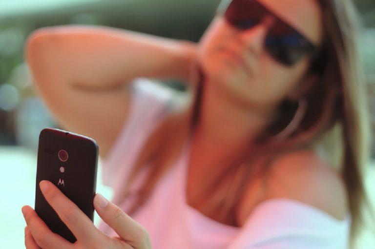 Foto di ragazze rubate da Fecebook e caricate su un sito porno
