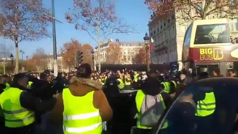 manifestante gilet gialli