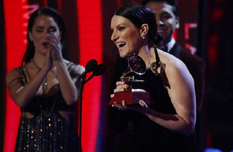 Laura Pausini trionfa a Latin Grammy Awards